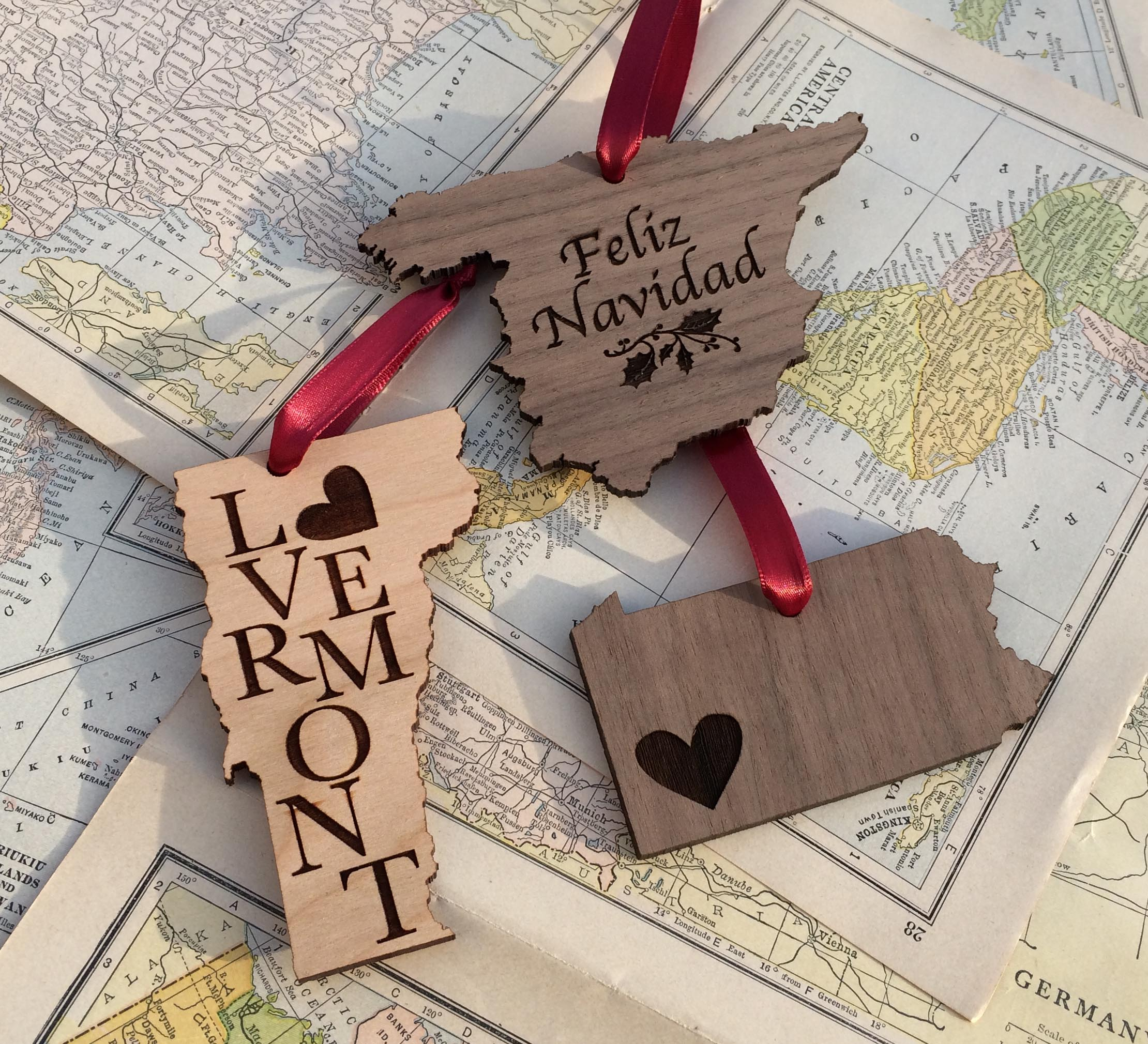 Rustic Wood Ornament, Wedding Favor, Party Favor, Personalized Holiday  Ornament